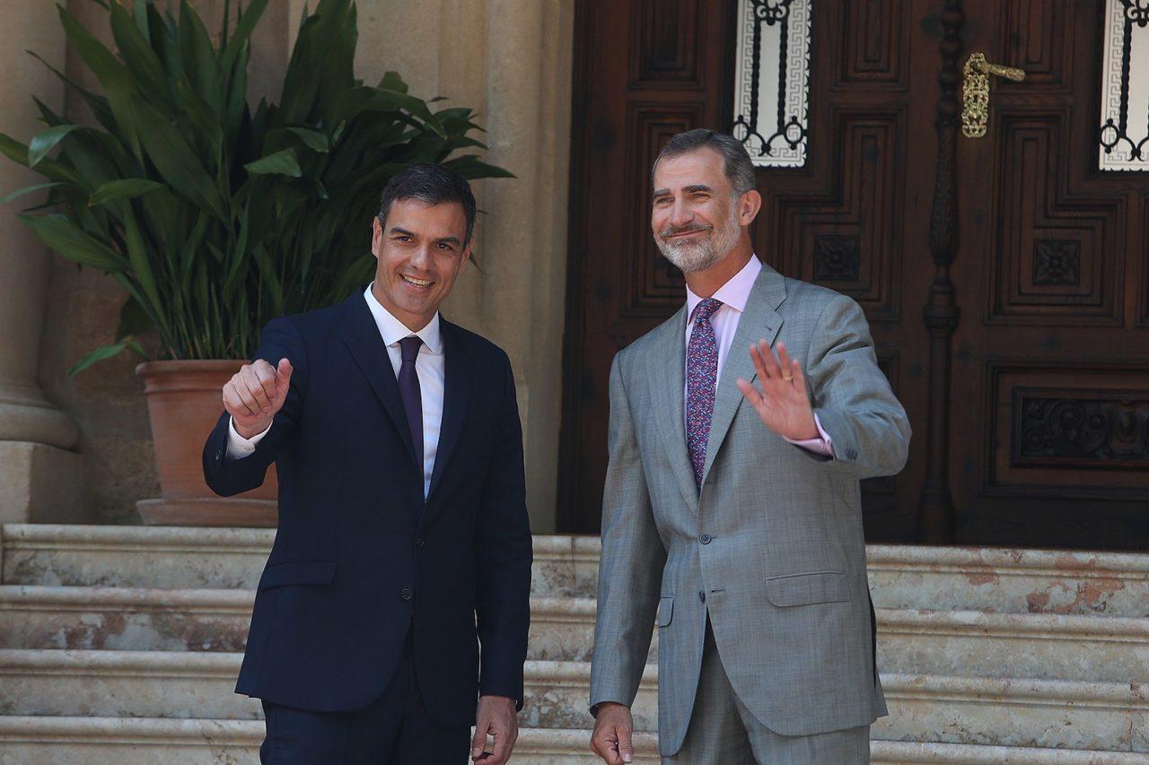 Pedro Sánchez y Felipe VI (Fuente: Wikimedia Commons)